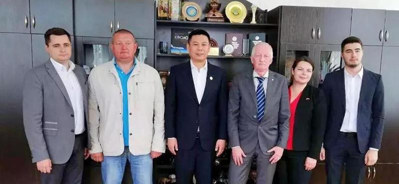 """和数软件董事长唐毅先生参观白俄罗斯国立技术大学""""巴理杰合尼科""""科技园"""